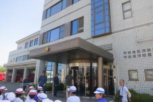 甲府地区消防本部に着きました。